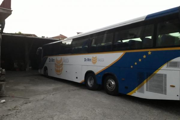 de-mite-viaggi-noleggio-auto-bus-1EED76F08-6873-A8DC-EF1F-836C0D340479.jpeg