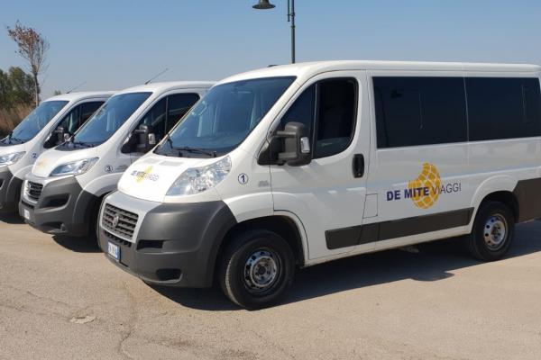 de-mite-viaggi-noleggio-auto-bus-52320E324-5ACC-4CC2-A8D4-FA2116862E51.jpeg