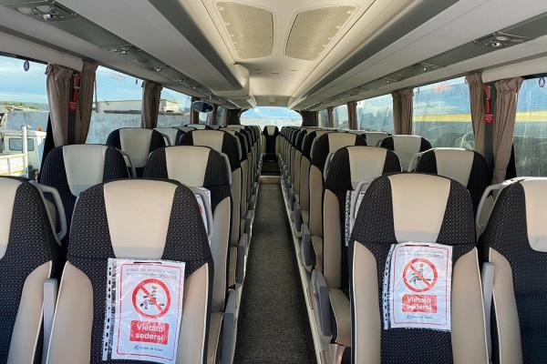 demite-noleggio-bus-42442C77C-85B5-1930-E859-709ADB4D7F16.jpeg
